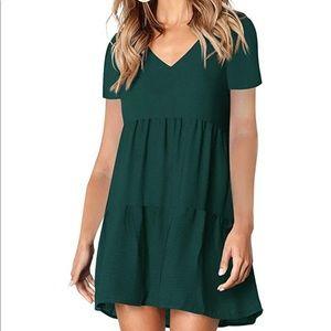 NWOT! V-neck Shift Dress size large